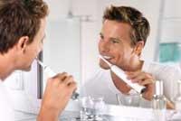 come utilizzare lo spazzolino elettrico correttamente